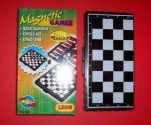 Игра 3 в 1 - мини-вариант: шахматы, шашки, нарды
