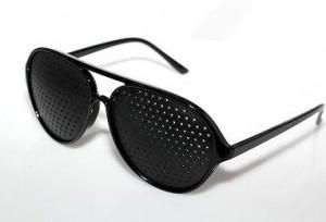 Очки-тренажеры для зрения перфорационные